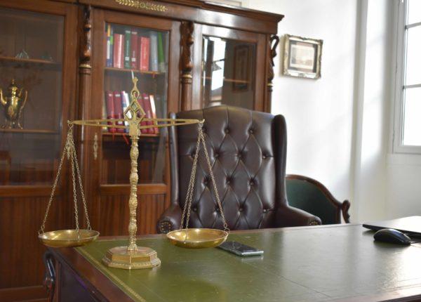 bureau de lacomme avocat à dax